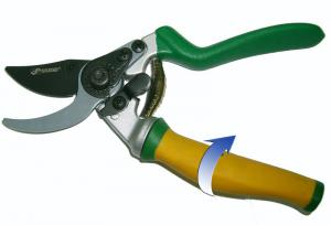 Секатор с плавающей ручкой 205 мм SKRAB 28033