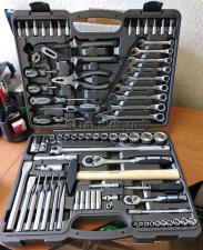 Оригинальное фото набора инструментов 77 пр. SKRAB 60077