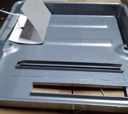 Обратная сторона станины, крупнее: Стойка для УШМ 180-230мм COS-230 SKRAB 96214
